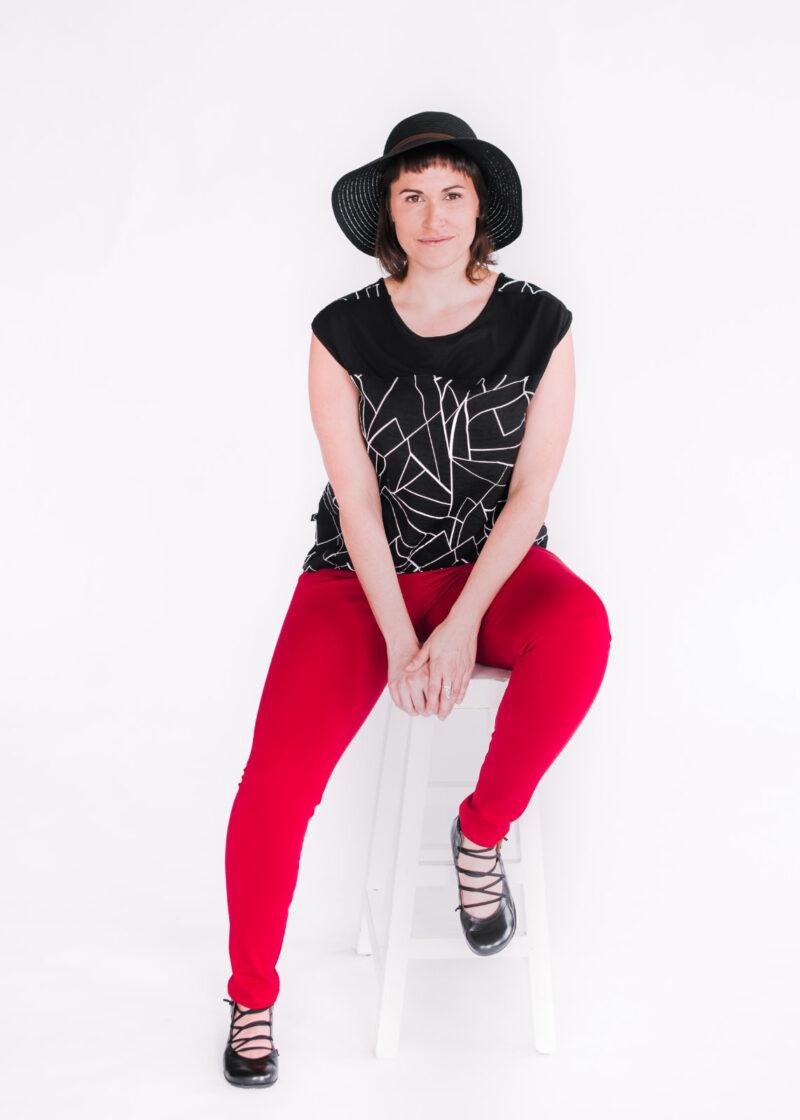 Top Flores noir et pantalons Délice rouge